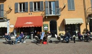 A café in Alba